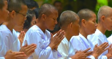 Buddhist nuns (magee) at Suan Mokkh temple in Surat, Thailand.